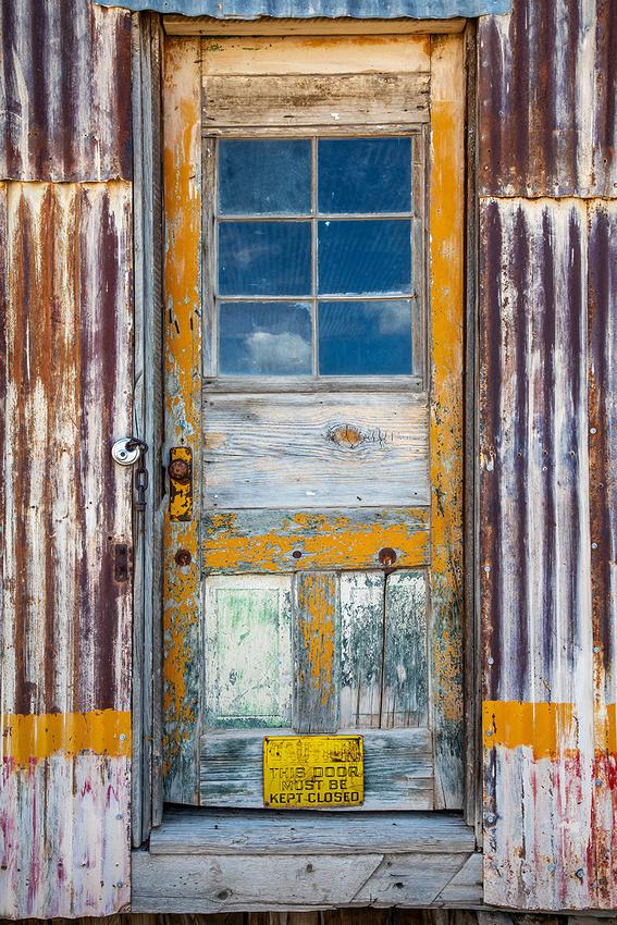 Back Door Hues